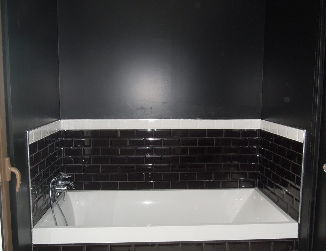 travaux de peinture salle de bain